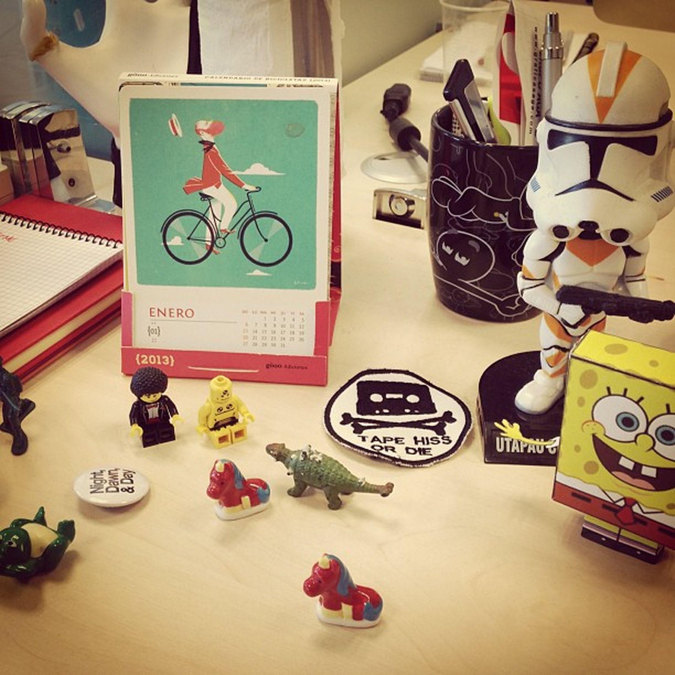 Everyday friends #friends #toys #toy #work #juguetes #trabajo #desktop #escritorio #cheil #madrid #igscout #_wg #instapic #instagramer #insta_crew #instamillion #tagstagramers #instago #tagsforlikes #photooftheday #instagroove #igersmadrid #picoftheday #i Igersmadrid Instago Work Insta_crew Friends Igscout Desktop Tagsforlikes Toys Instagramer Toy _wg Instagroove Trabajo Instapic Madrid Instamillion Tagstagramers Photooftheday Juguetes Iphonesia Picoftheday Escritório Cheil Latergram