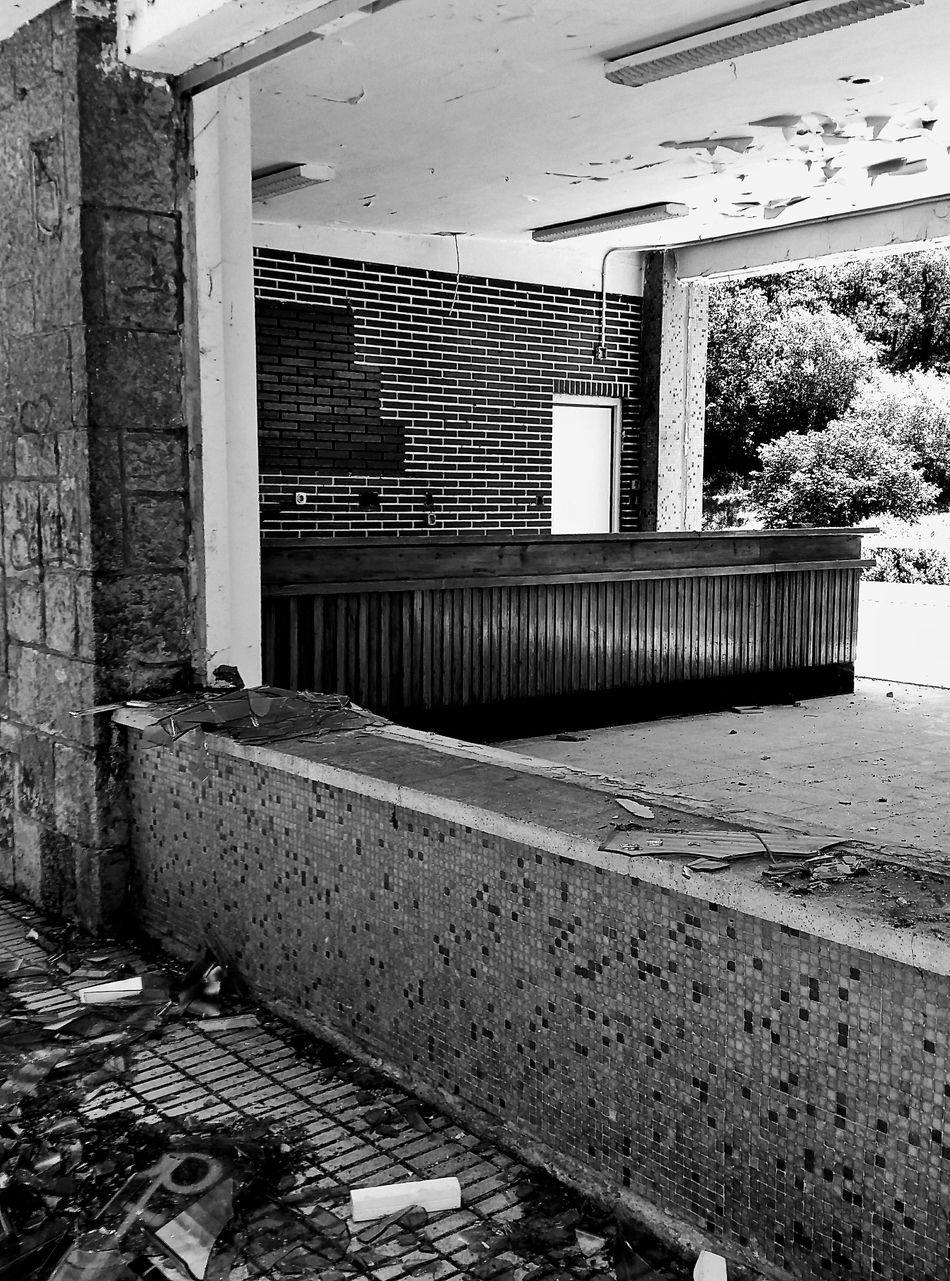 Abandoned Abandoned Places Abandoned Buildings Abandoned House Blackandwhite Black And White Black & White Abandonedplaces Architecture Architecture_collection Architecture_bw Architectural Detail Broken Glass Broken Window Desolated Desolate Neglected Dramatic Dramatic Scene DramaticToyscene Blackandwhite Photography Black&white Black And White Collection  Black And White Photography Brick Wall