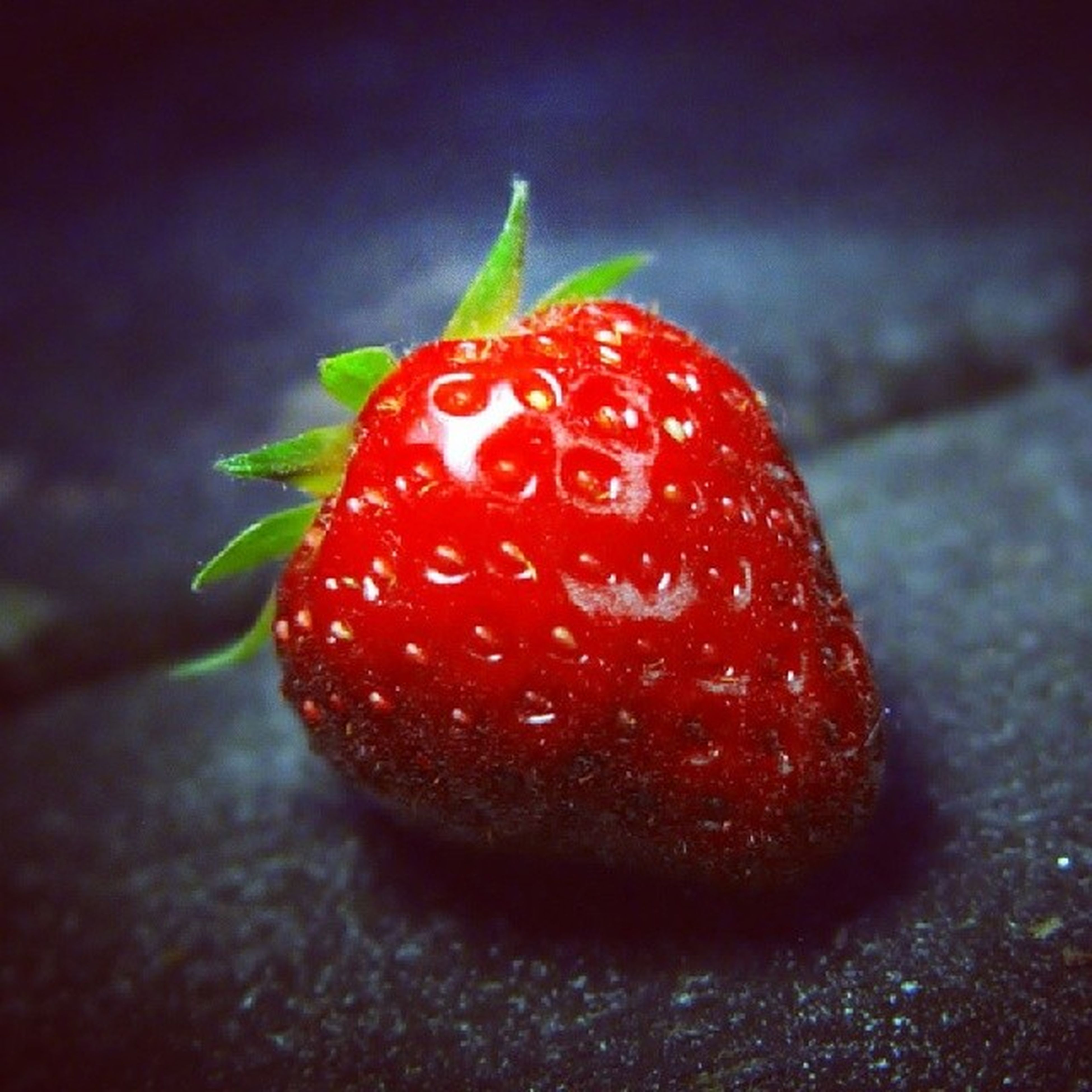 red, food and drink, fruit, food, strawberry, freshness, close-up, healthy eating, ripe, focus on foreground, juicy, berry fruit, selective focus, still life, raspberry, organic, indoors, no people, vibrant color, berry