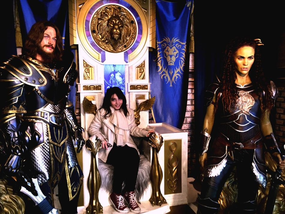 I'm sitting on a throne... At Madame Tussaunds of Berlin. Perhaps I can save the world... Museum Berlin Madametussauds Warcraft
