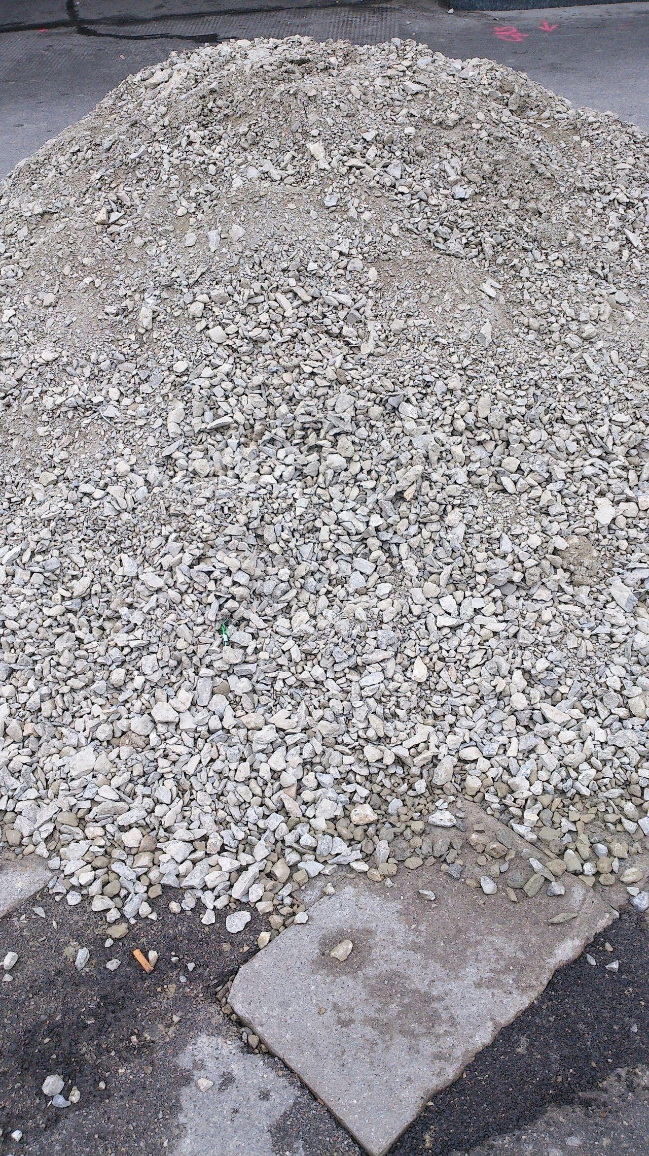 Baustelle Bauschutt März 2015 Steine Grau