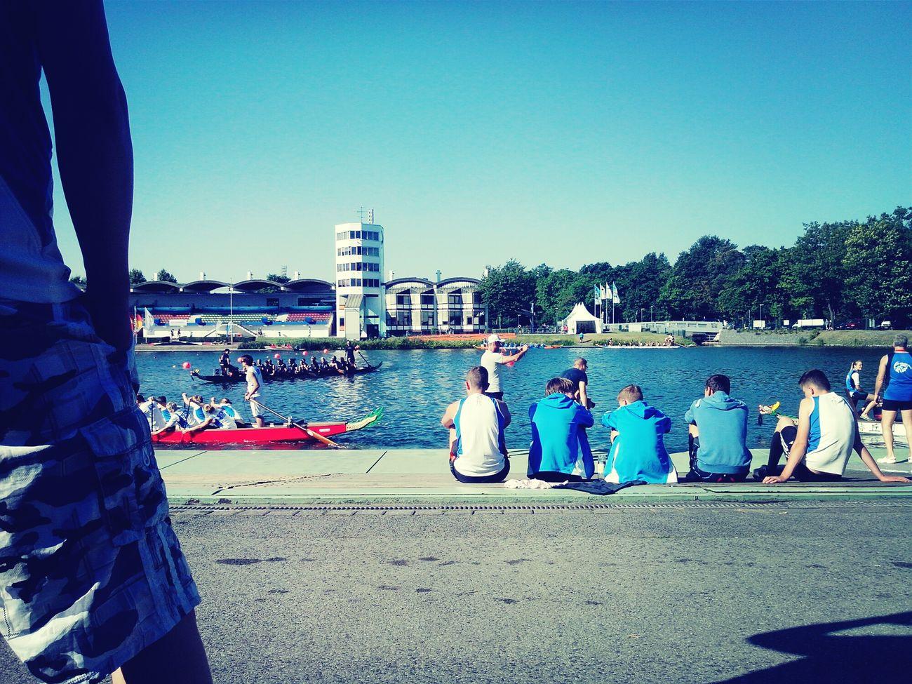 Dragonboatraces Duisburg Germany wir sind die besten, wir schlagen sie alle.