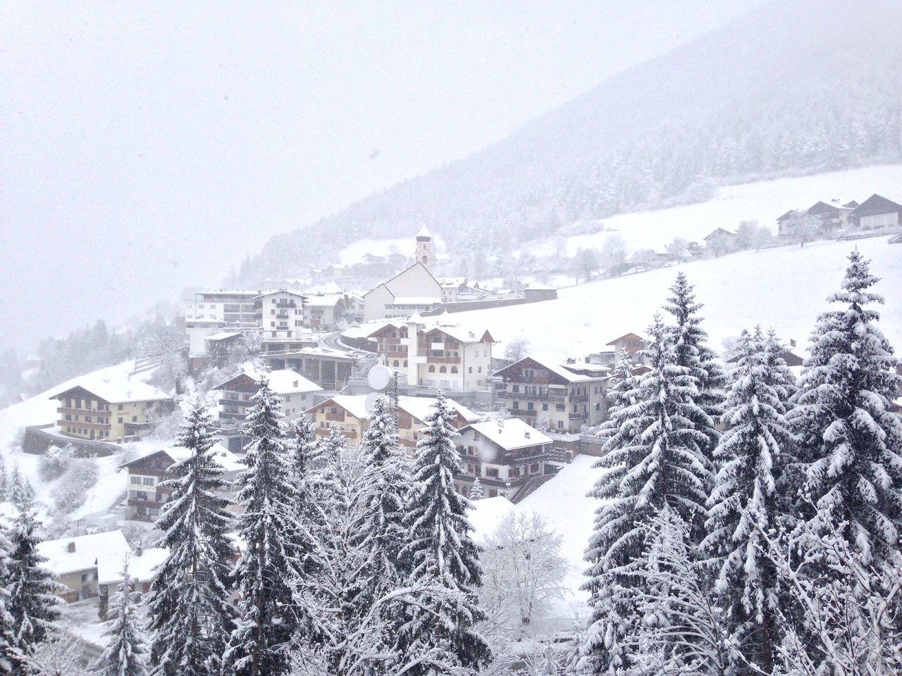 Snowing Wintertime Winter Town Weather Welschnofen Snow White Südtirol Trentino Alto Adige Alto Adige Italy Landscape Nova Levante South Tyrol Cold Temperature Bolzano Bolzano - Bozen Architecture Frozen Nature