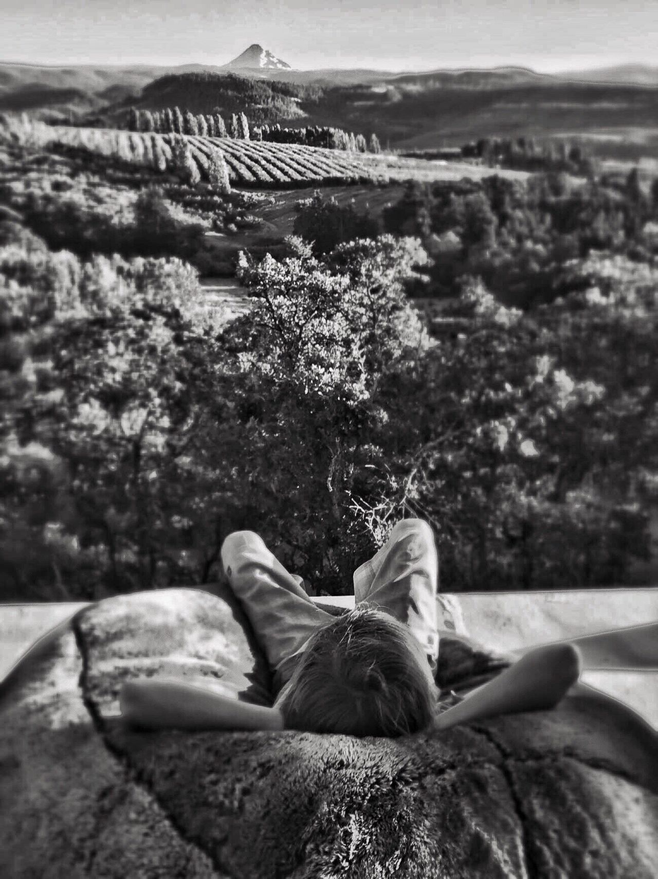 Enjoying Life The Great Outdoors - 2015 EyeEm Awards Black And White Photography The Traveler - 2015 EyeEm Awards Mt Hood