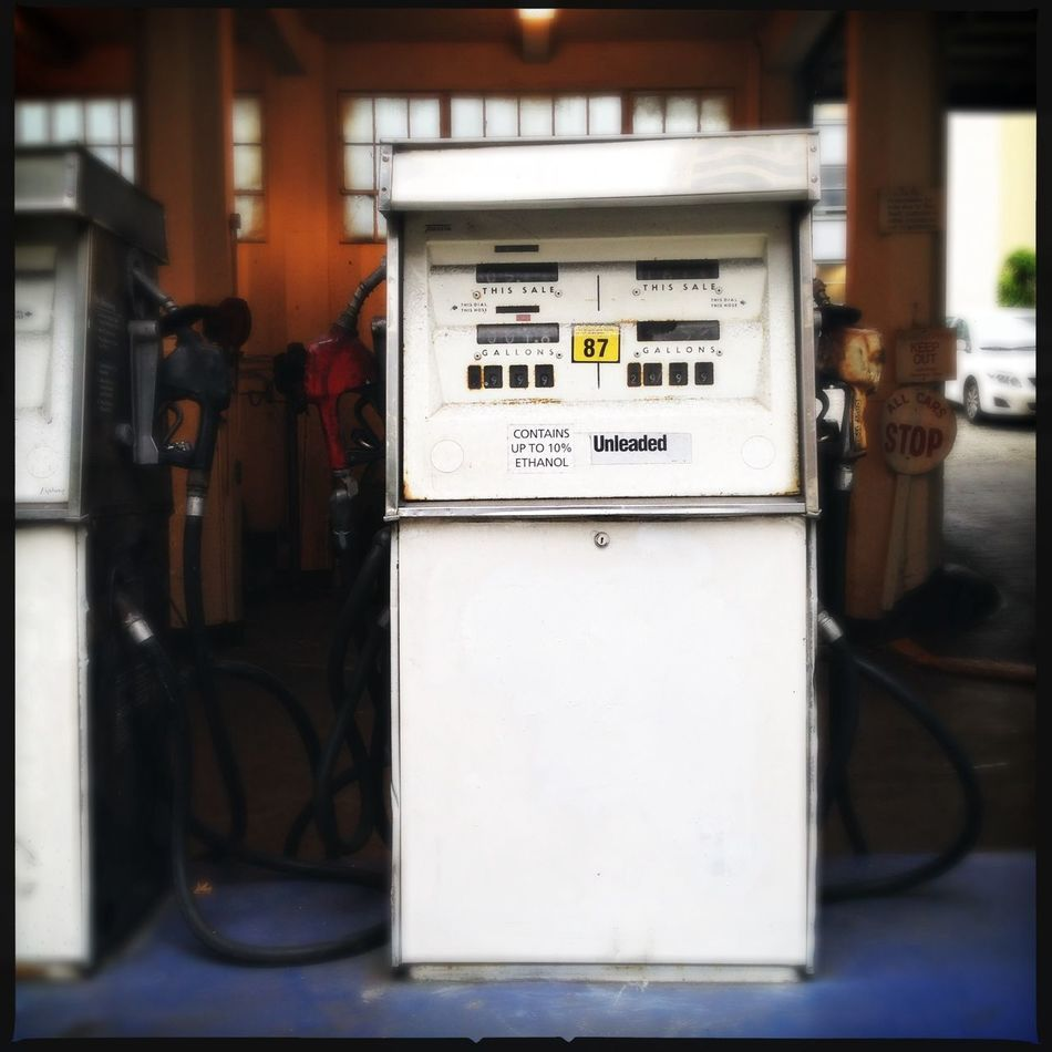 Built Structure Close-up Connection Control Panel Day Electric Meter Electricity  Fuel And Power Generation Fuel Pump Gas Station Gasoline Gauge Indoors  Instrument Of Measurement Meter - Instrument Of Measurement No People Power Station Power Supply Technology
