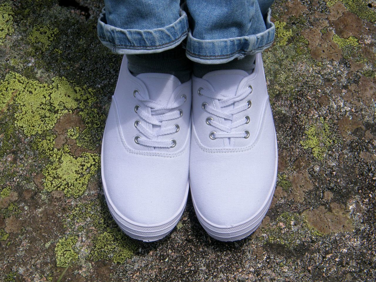 Adult Canvas Shoe Close-up Day Feet Grass High Angle View Human Body Part Laces Leisure Activity Lifestyles New Shoes One Person Outdoors People Shoe Shoes Soilless Standing White Shoes