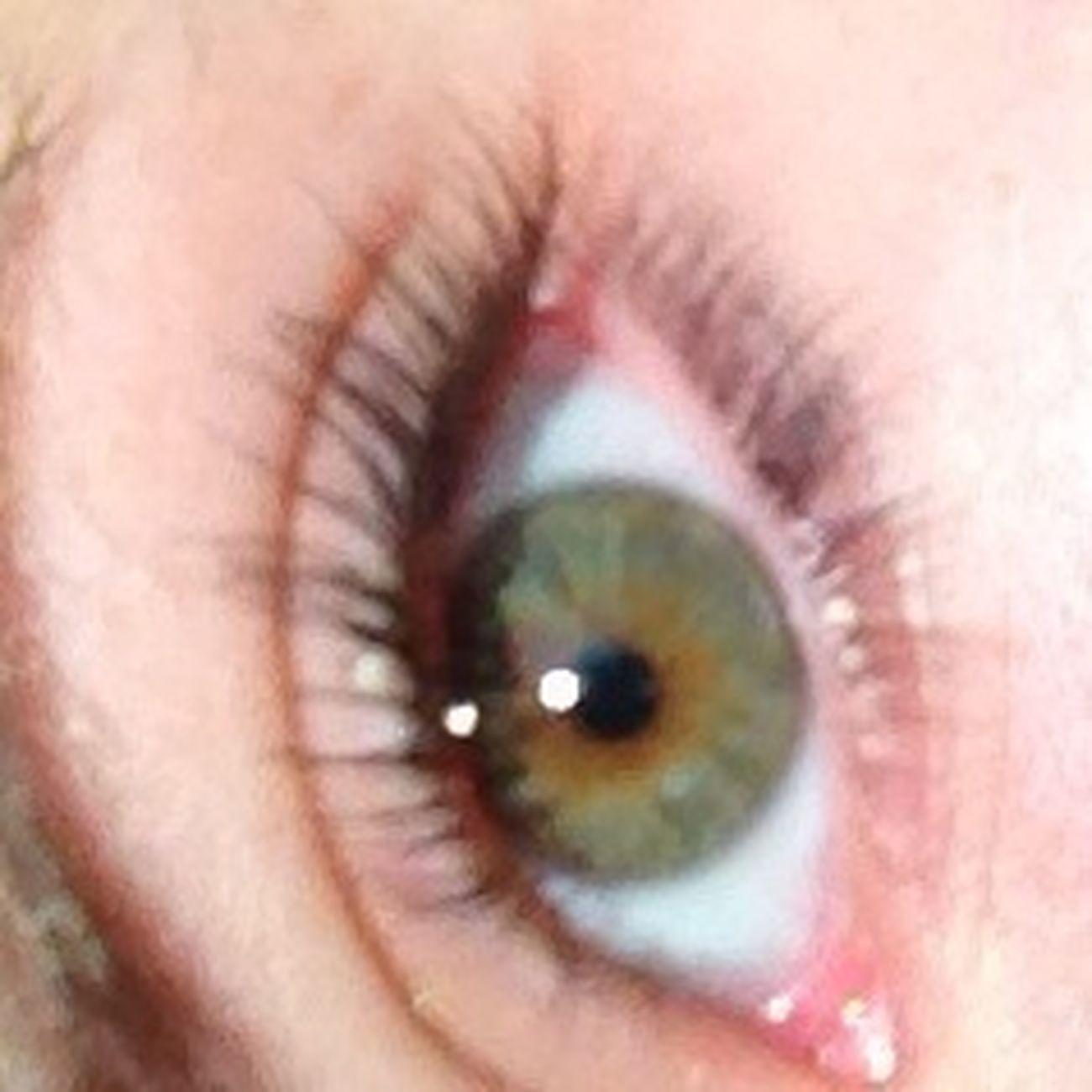 Eyeee