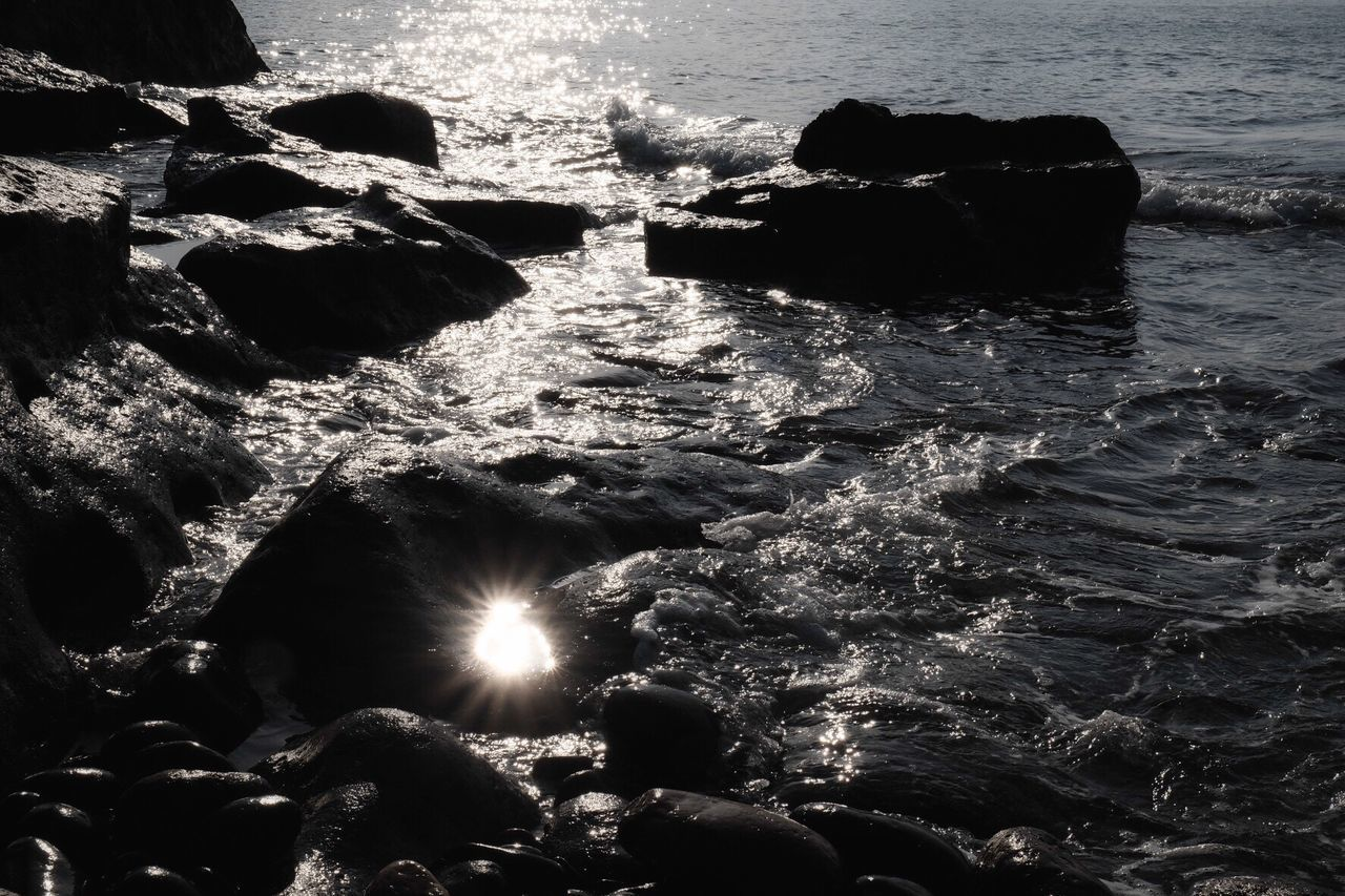 Water Sea Sunlight Nature Rock - Object Outdoors Beauty In Nature EyeEm Nature Lover Wave Seascape Eye4photography  Light And Shadow Silhouette