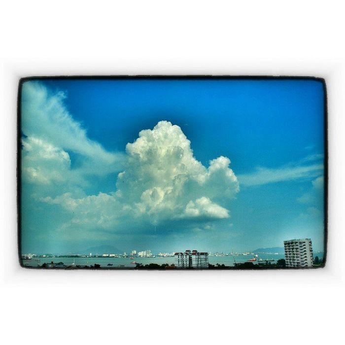 NikonD3100 ILoveSky Cloud Awanbiru allahthegreatest allahcreations