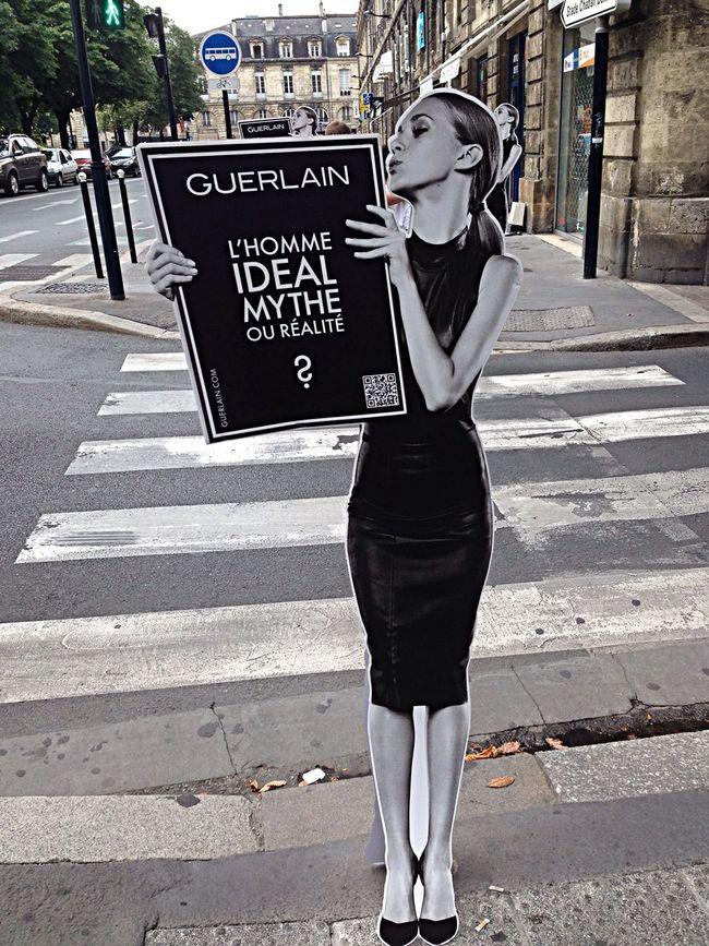 Walking Around Street Art City France
