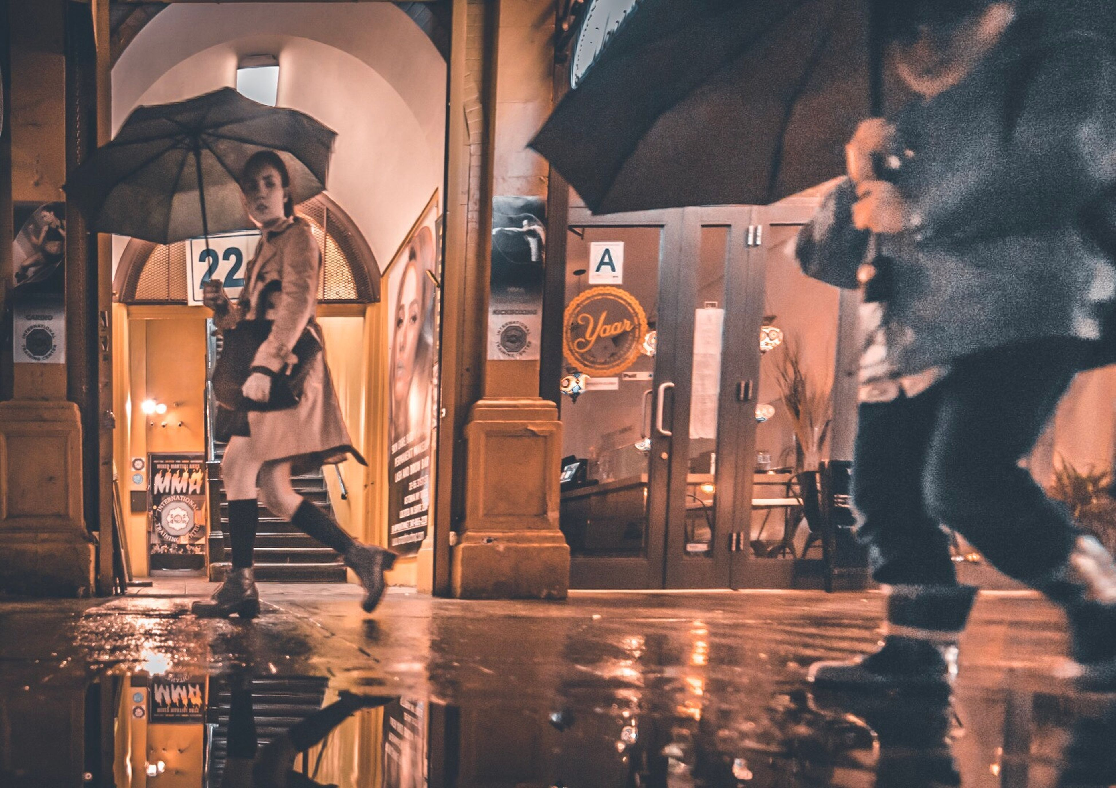 reflection, men, night, lifestyles, adult, women, young adult, adults only, leisure activity, indoors, nightlife, people, young women, drink, water, happy hour