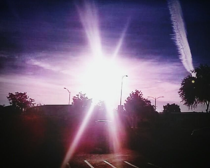 Lens Flare Sunbeam No People Outdoors Sky Beauty In Nature Sillouettes Beautiful Clouds & Sky <3 Scenics Day Cloud - Sky Sunlight Sillouette