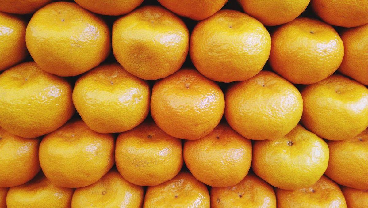 Orange Color Regular Fruits
