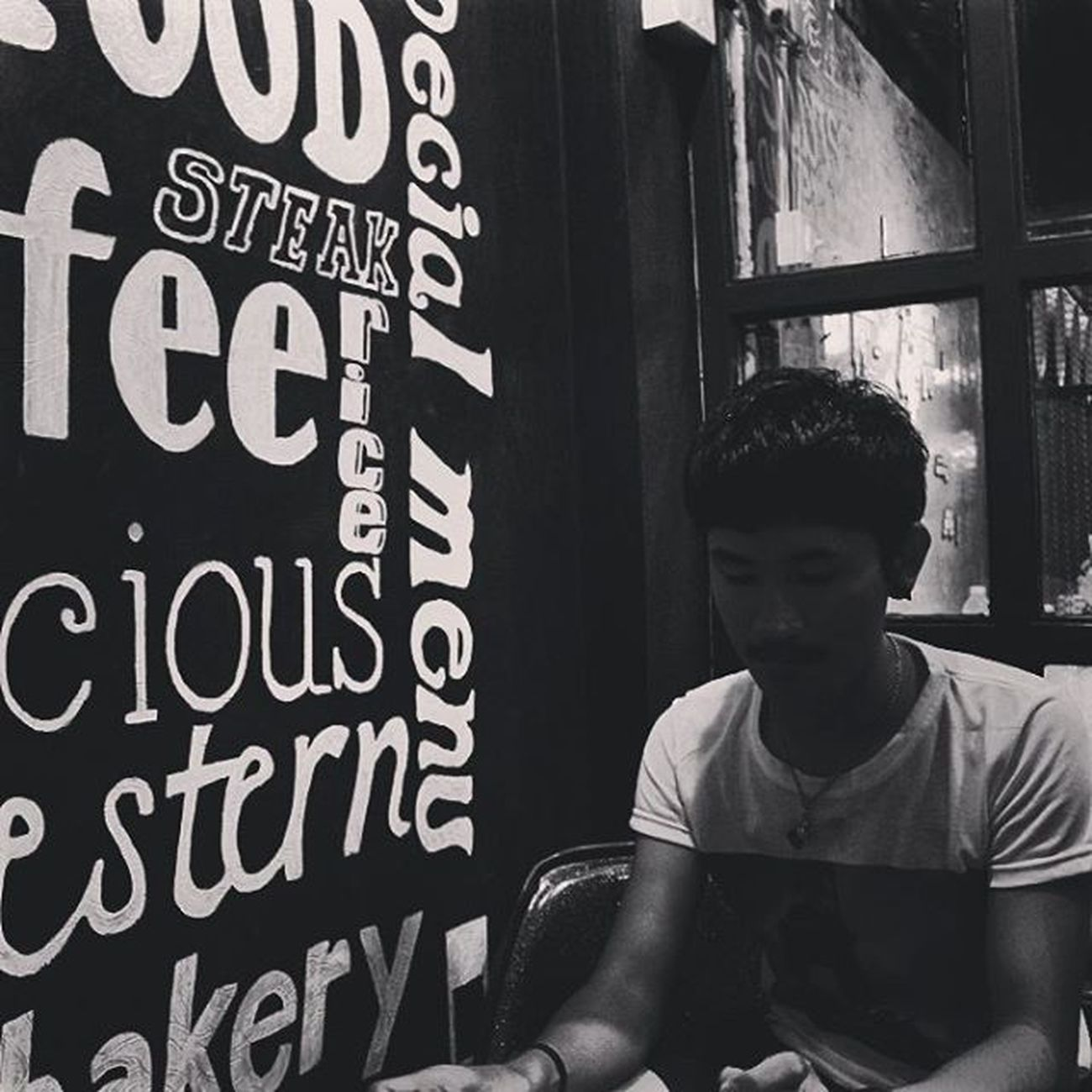 Just close you eyes. Eatingdinner LongTime  Hipster ArmWatcharapong