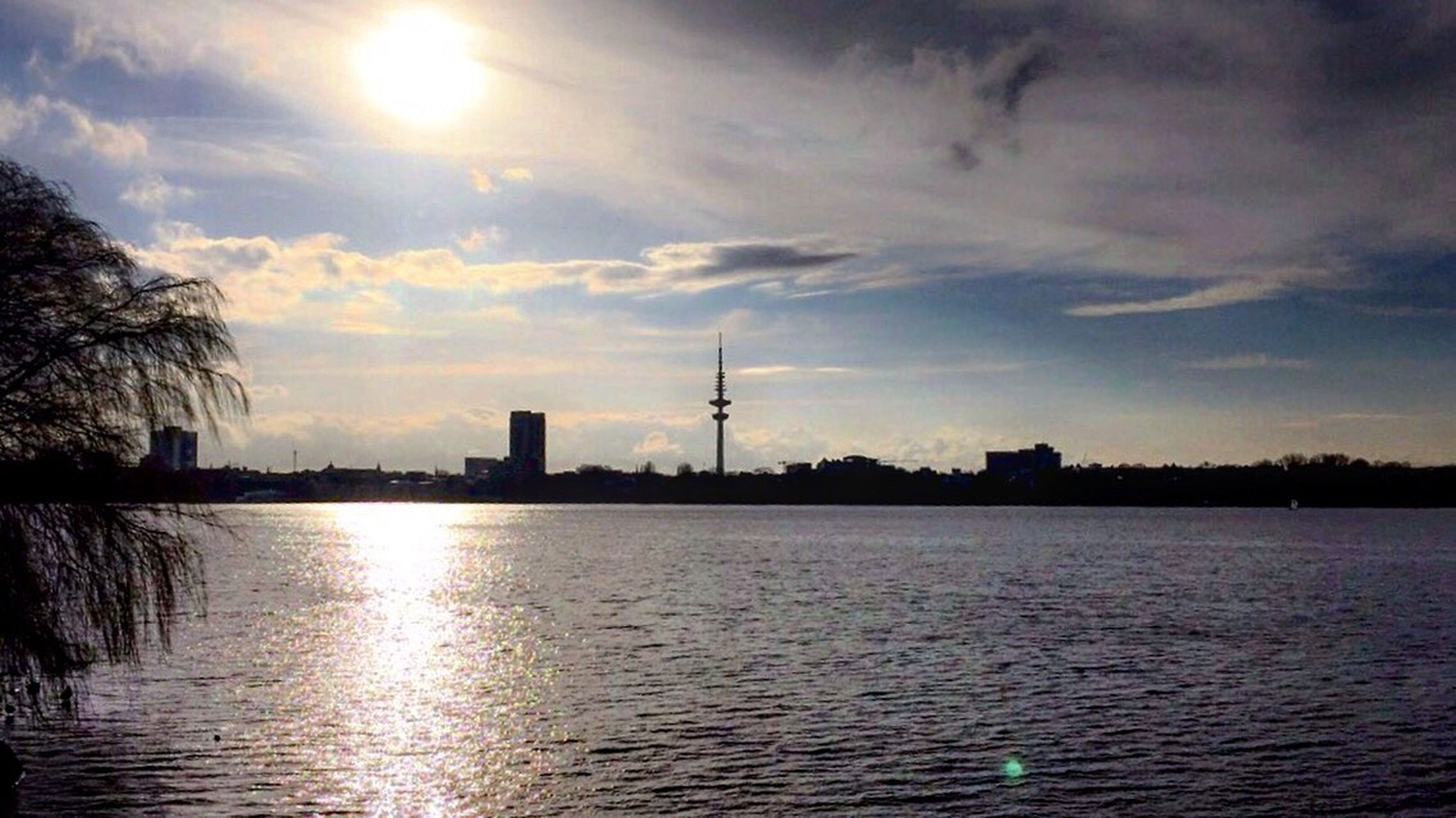 Hope Alster Hamburg Home Love Sun Whater Reflection NeverForget Nevergiveup True Ineedyou  Soul Sorry Together Life Alone Again Bye Bye Forgive End Of The Day