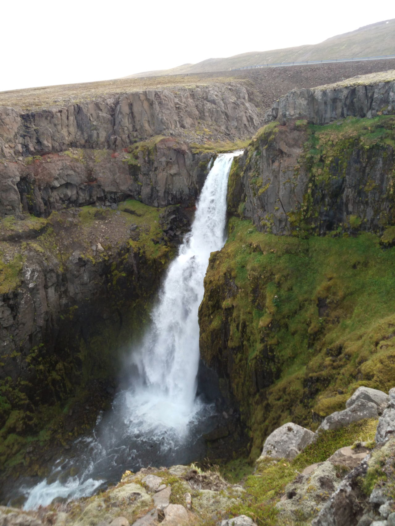 Beautiful Cascade Island Mountain Nature No People Rocher Water Waterfall Beauty In Nature Outdoors Green Color Landscape Islande ROC Stone Sky Islandlife Tranquility Grass Iceland_collection Icelandtrip