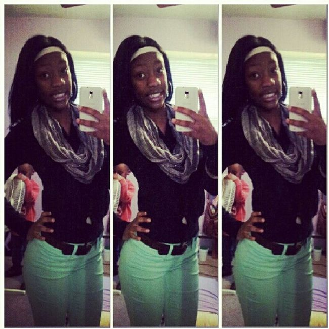Headinng Too My Uncless Funeral R.I.P Unclee.Bonnie Love You