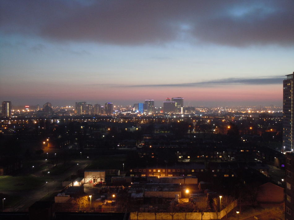 EyeEmNewHereSunset #sun #clouds #skylovers #sky #nature #beautifulinnature #naturalbeauty Ph Otography LandscapeCity Cityscape Cloud - Sky Night No People Sky Urban Skyline Manchester UK Clouds And Sunlight EyEmNewHere