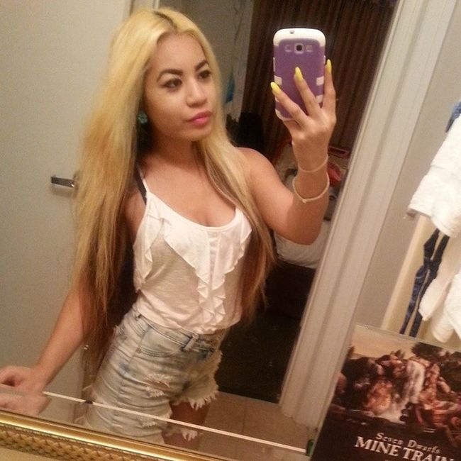 I love the way… the way I love you Cambodian Khmer Khmerican Asian  orlando hotel vacation selfie ootd croptop highwaistedshorts