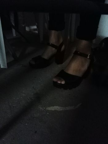 Fun Camera Taking Photos Fotografie Check This Out Handyphoto Night Original Handy Shot Dark Shoes Shoesporn Feets