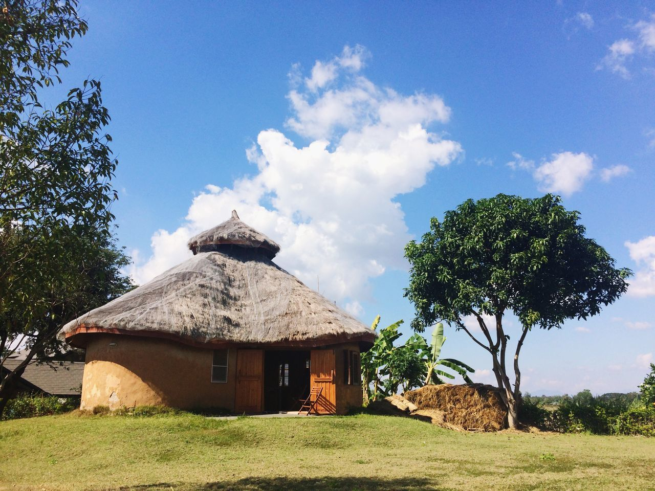 Home Tree Sky Nature Cloud - Sky Architecture Built Structure Earthen House Earth House Shelter House Green Landscape