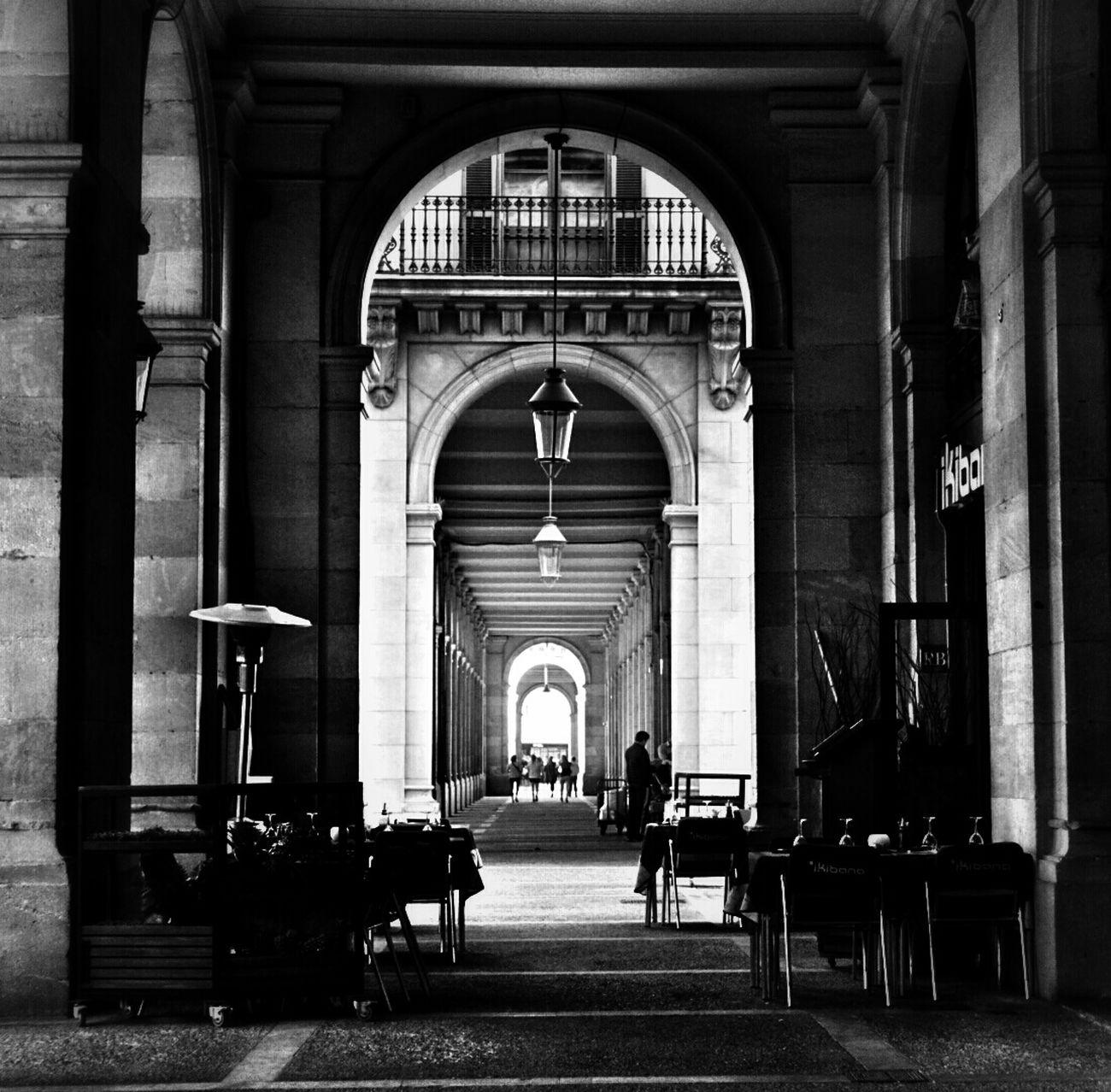 Monochrome Blackandwhite Light And Shadow Architecture Mi Serie Barcelona