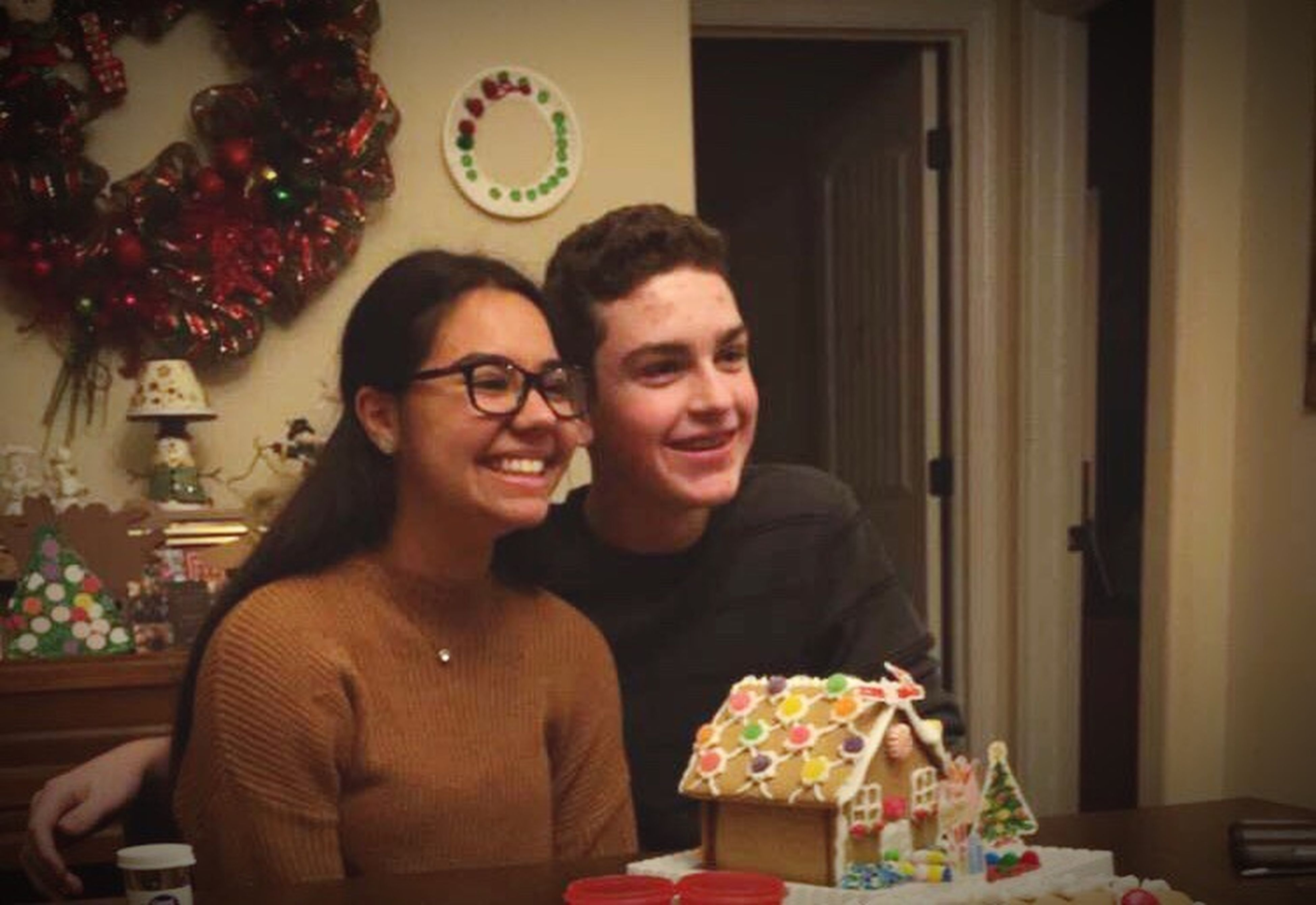 two people, happiness, love, christmas, smiling, gift, giving, celebration, men, cheerful, christmas tree, christmas present, portrait, heterosexual couple, togetherness, women, home interior, adults only, indoors, adult, people, friendship, christmas decoration, tree, young adult