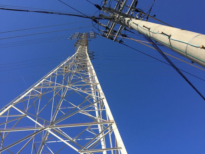 Electric Wires 電線 鉄塔 Steel Tower  空 Sky 青空 Blue Sky