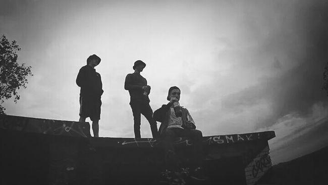 Mort aux cons.. 3 Boys Gangsta World