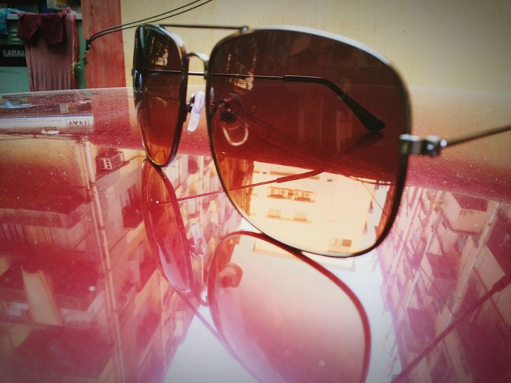 EyeEm Photography Art Sunglass  Shades Red Hello World Taking Photos Creative Lightplay Capture The Moment Swag Enjoying Life Reflections City Cityscapes Desks From Above