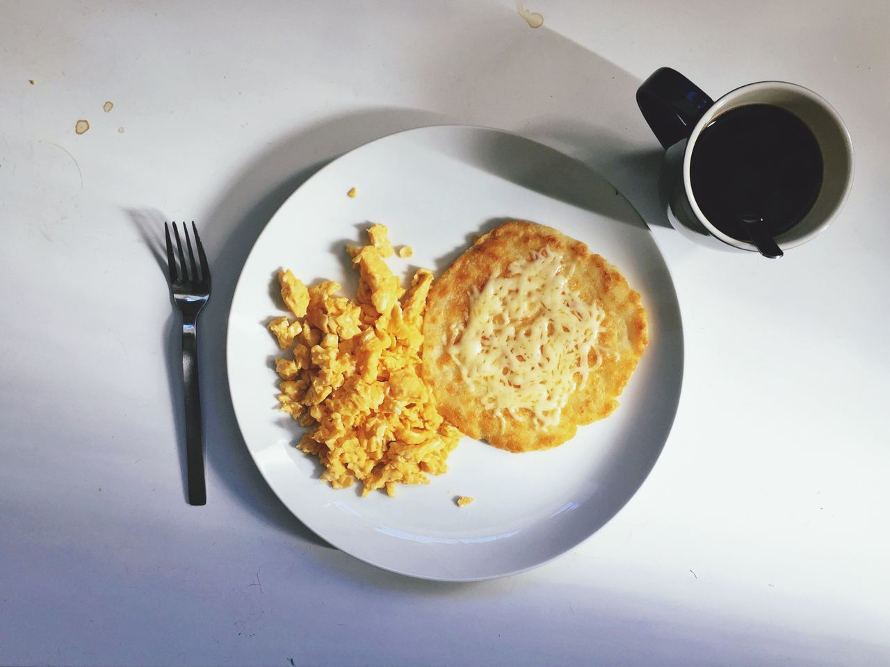 What's For Dinner? Traditional Colombian breakfast (Arepa with cheese and eggs) and Colombian coffee, that is also great as dinner!!! Foodporn Food Dinner Breakfast Brunch Around The World Coffee And Sweets The Foodie - 2015 EyeEm Awards Mealtime A Taste Of Life