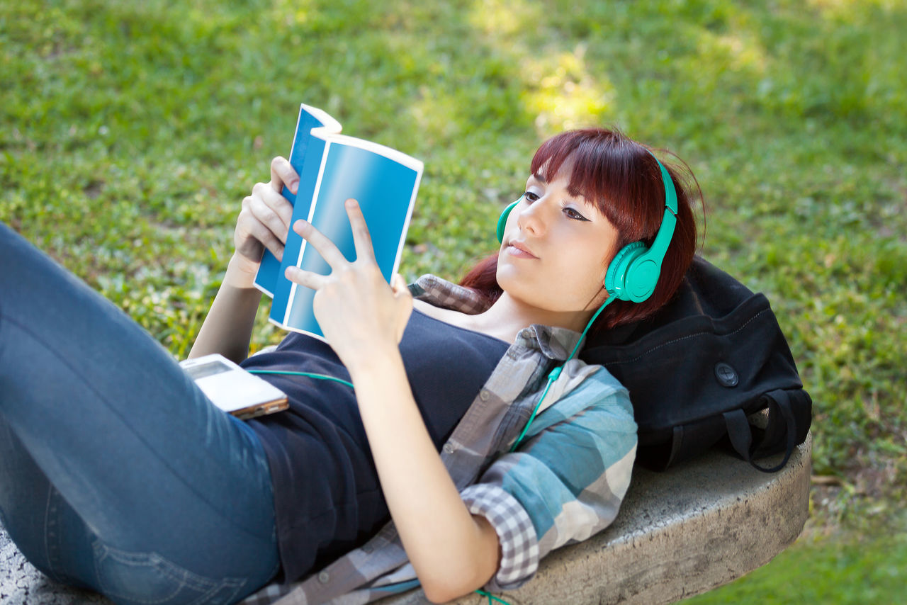 Beautiful stock photos of roma, 16-17 Years, Arts Culture And Entertainment, Audio Equipment, Bag
