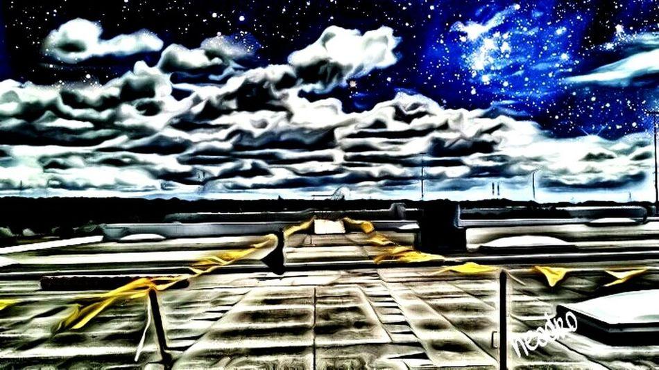 Spacingout Night Sky Notes From The Underground Taking Photos Workhardplayhard Roofninja EyeEmBestEdits Dark Photography Throughmyeyes Myview