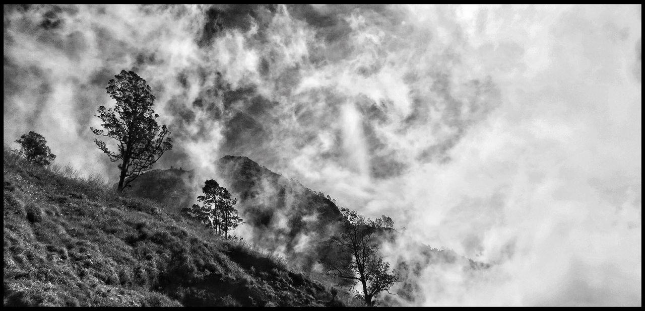 Popular Photos Blackandwhite Clouds And Sky Monochrome
