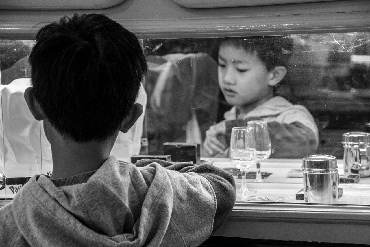 Boy Children Drinking Glass Lisboa Lisbon Lissabon Mirror Mirror Effect Mirror Picture Mirror Reflection Mirrorless Mirrors Mirrorselfie People Real People Street Photography Streetphotography Travel Destinations Travellover Travelphotography The Eyeem Of Week
