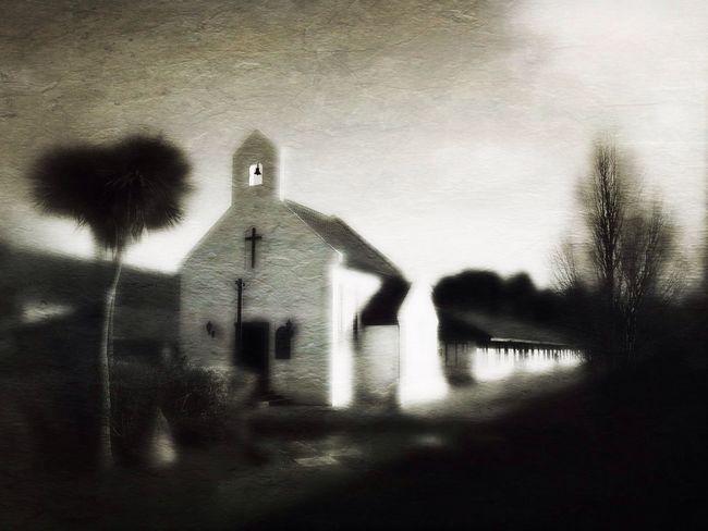 Chapel NEM Painterly NEM Black&white NEM Architecture