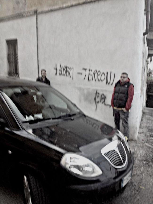 arte sui muri di casa mia .... Terroni Alberi Streetphoto_bw Lolololololol