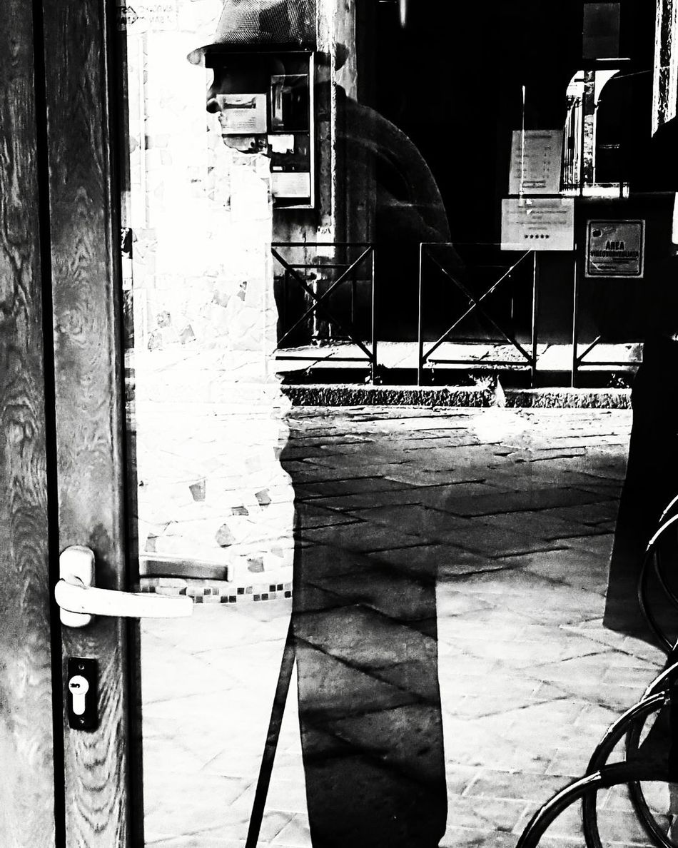 Blackandwhite Blackandwhitephotography Monochrome Cityscapes Silhouette Mister Hat Reflection Italy Here Belongs To Me