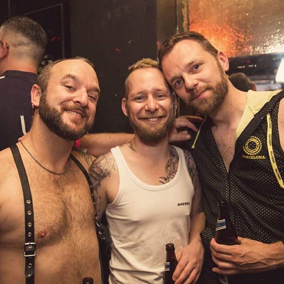 Pitbullparty Newbuds Leather Gearfuckers lumberjack_app gayguy gay leather gayleather bears beardgang beardedlifestyle beards beard beardedhomo bearded beardsofinstagram beardsandtattoos gayotters scruff scruffyhomo scruffygay scruffy