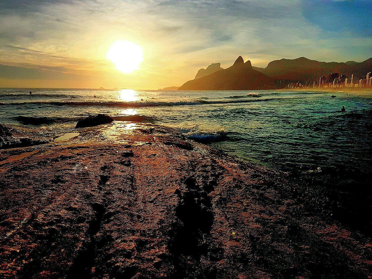Sunset Sunset Sun Sky Sunlight Nature Beauty In Nature Sea Beach No People Day Water Ipanema Beach Arpoador