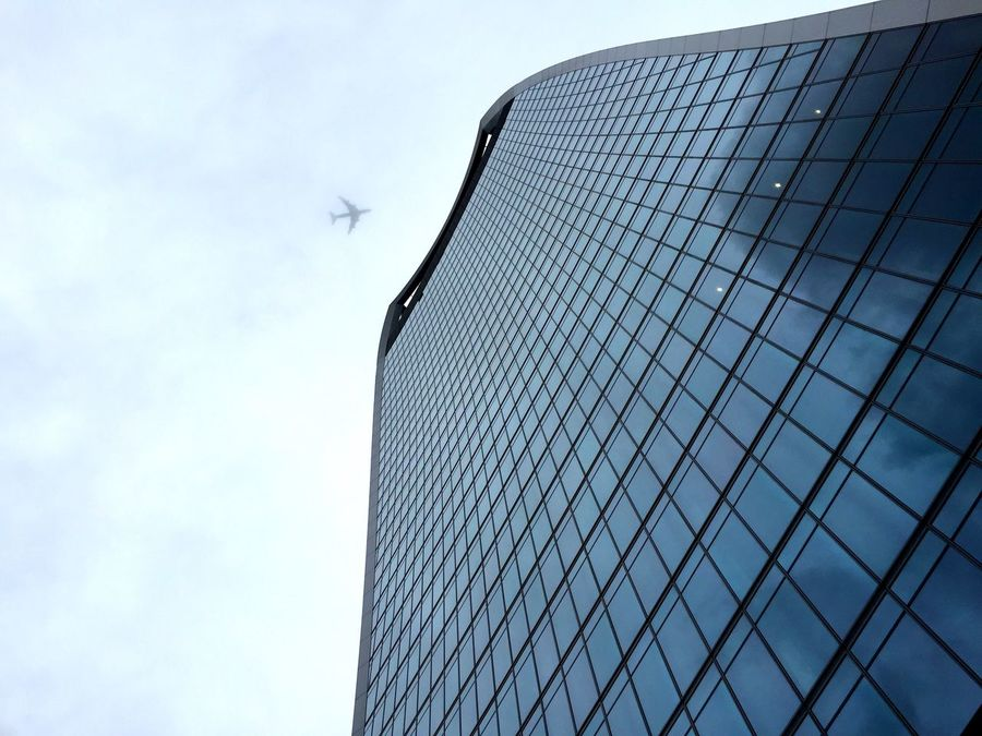 WalkieTalkie Flying Away Flying Skyscrapers Architecture Architectureporn Eyem Best Shot - Architecture Urbanphotography Pic Of The Day Stopping Time