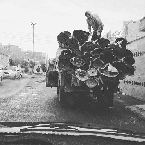 . Iranians send their Carpets to places washing them for the new Year (Nowruz ) . گفتارت فرش ایرانی ست و چشمانت گنجشککان دمشقی که میپرند از دیواری به دیواری و دلم در سفر است چون کبوتری بر فراز آبهای دستانت و خستگی در میکند در سایهی دیوارها… و من دوستت دارم نزار_قبانی . Bnw Bnw_life Bnw_city Bnw_captures Everydayeverywhere Everydayiran Roozdaily Everyday Gettyimages Carpet Iran Qom Qomkids Reportagespotlight ایران قم ماشین فرش_ماشینی نوروز نوروز94