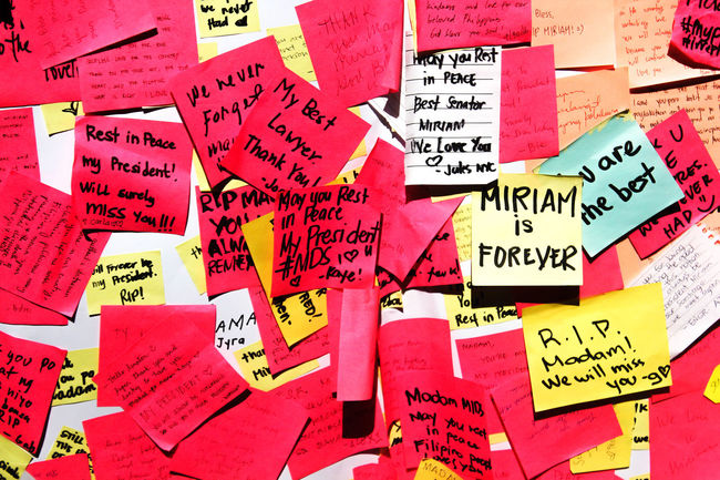 Abundance Close-up Collection Communication Full Frame Heap Journey Large Group Of Objects Medium Group Of Objects Miriamdefensorsantiago Multi Colored Red Repetition Text Western Script
