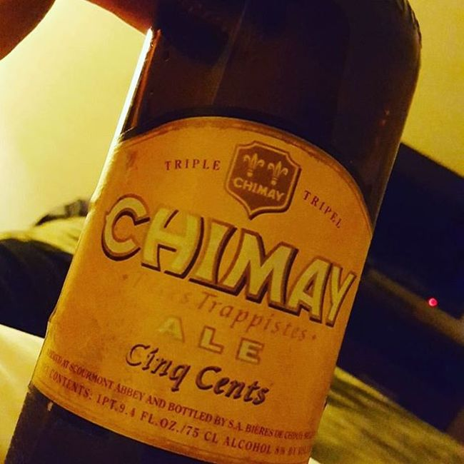 What a day what a day.. dodo signing off with them sinq cents.. goodnight yall.. Chimay White Cinqcents Trappist Beer