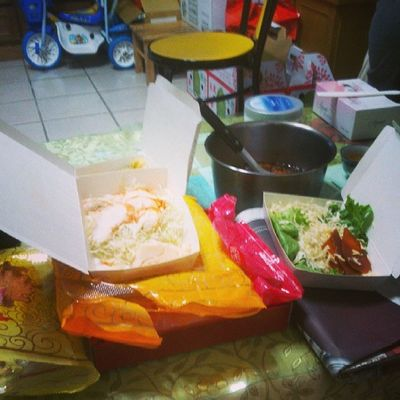 繼續吃 !!
