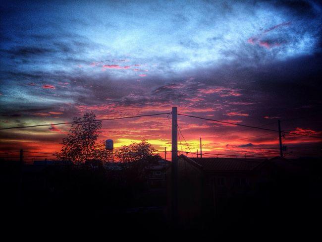 HDR Sunset Sunset #sun #clouds #skylovers #sky #nature #beautifulinnature #naturalbeauty #photography #landscape