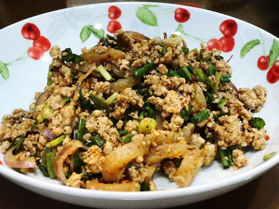 Spicy pork!! Thai Food Plate Dish Spicy Thai Food Pork ลาบ