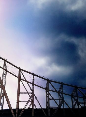 Connection Metal Rollercoaster Abstract Minimalism Color Palette Light And Shadow Still Life EyeEm Ready   Shapes And Forms Sky Blue Cloud - Sky Perspective Popular Shades Of Winter Colour Your Horizn