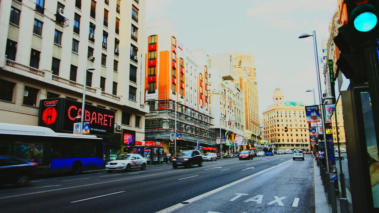 Hanging Out Check This Out Gran Via SPAIN Madrid España Taking Photos