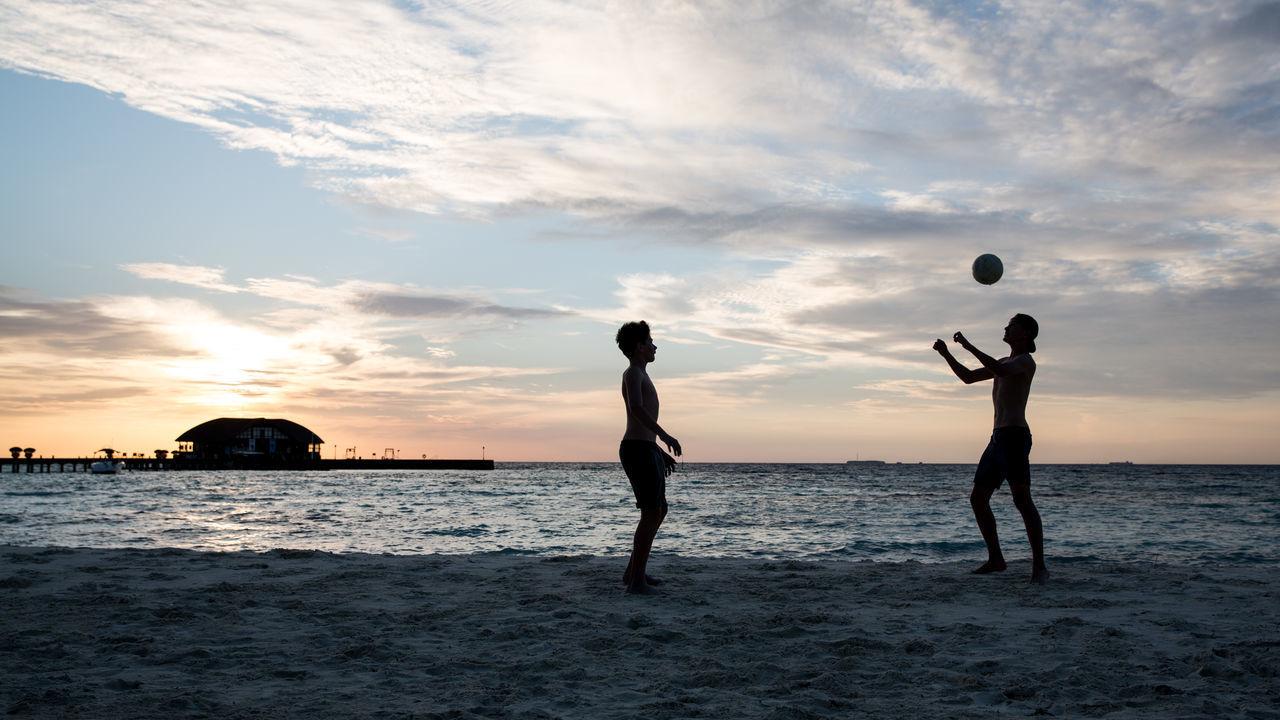 Beautiful stock photos of fußball, sunset, sea, beach, silhouette